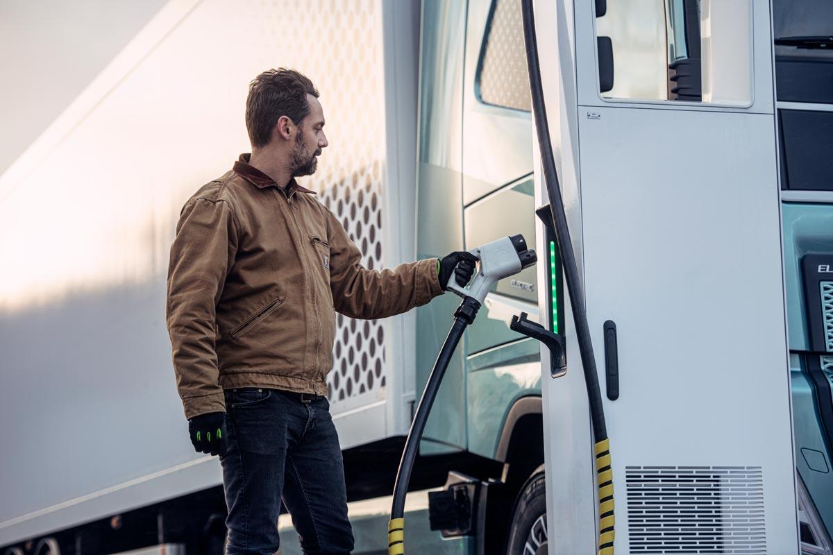Lastbilsjättar skapar laddnätverk med 1.700 laddpunkter i Europa