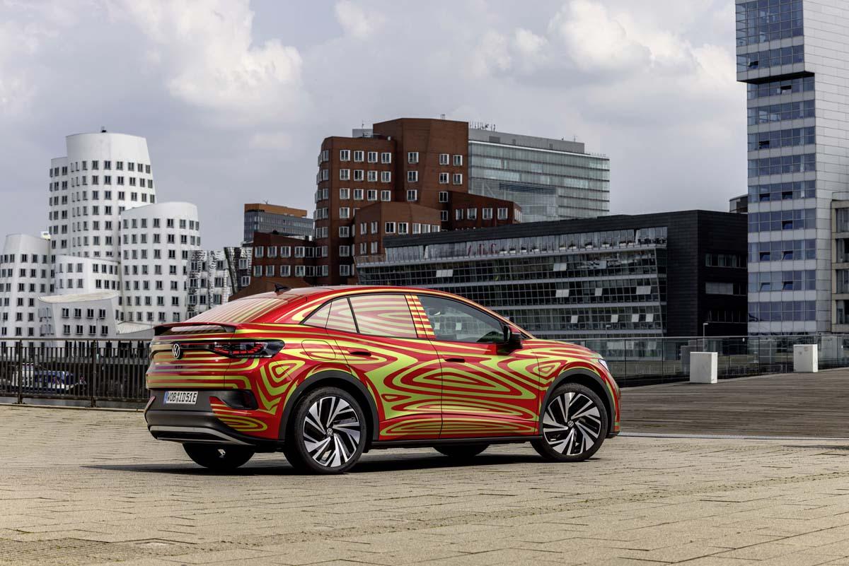 Coupésuven Volkswagen ID.5 GTX har smygpremiär 7 september